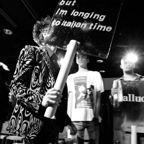 2011-12 A/W「hulluci」